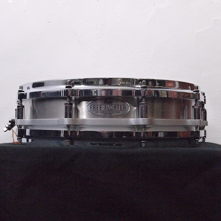 "Pearl Free Floating 14"" x 3.5"" Snare Drum"
