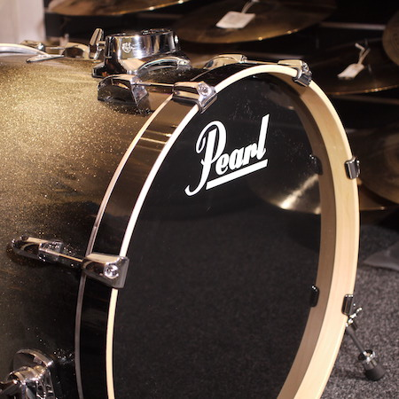 "Pearl Vision Maple 22"" x 18"" Bass Drum in Black Silver Burst"