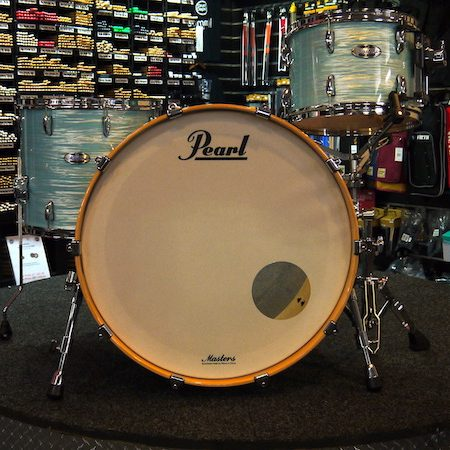 Pearl Masters Maple Complete Shell Pack (3pc) in Ice Blue Oyster