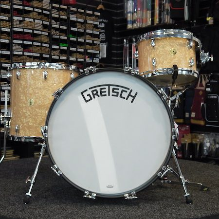 "Gretsch USA Broadkaster 22"" (3pc) Shell Pack in Antique Pearl"